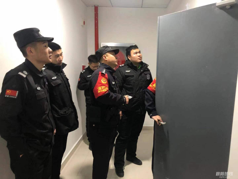 民警检查站区消防通道.jpg